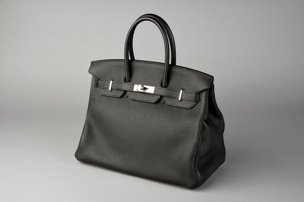 7550d778790c The Hermès Birkin bag is a highly coveted and exclusive handbag. This  authentic bag